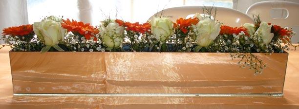 Mirrored Modern Bridal Table Arrangement