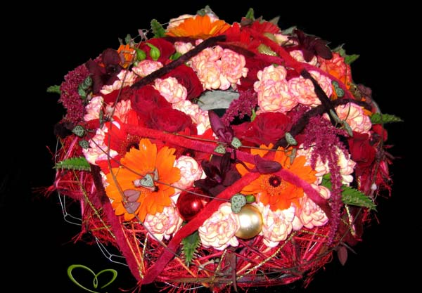 Contemporary Wreath - Floral Heart